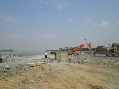 Tạm dừng thi công dự án 'lấp sông Đồng Nai'