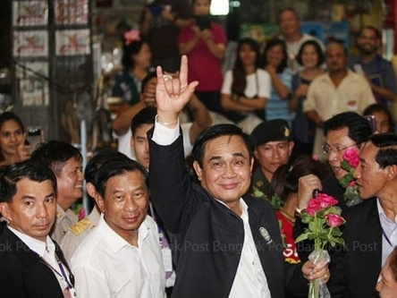 Thái Lan sắp bãi bỏ thiết quân luật