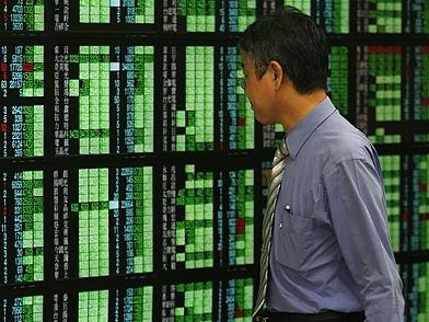 Chứng khoán châu Á lên cao nhất hơn 6 năm