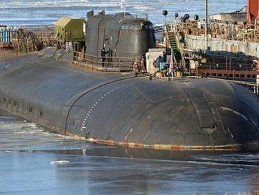 Nga xem xét đánh chìm tàu ngầm hạt nhân bị cháy
