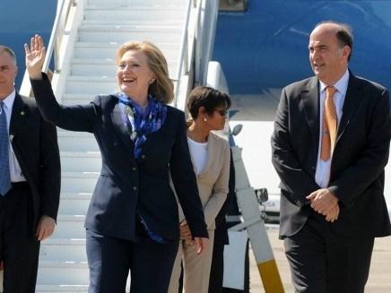 Bà Clinton gây