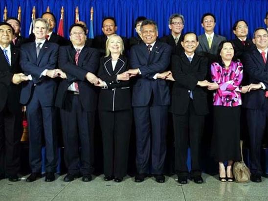 Châu Á dưới thời Hillary Clinton?