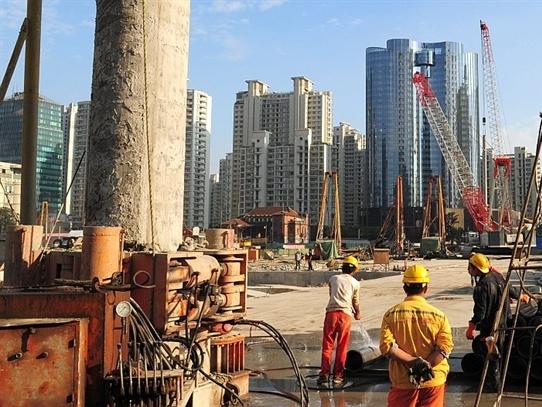 Kinh tế Trung Quốc  quý I tăng trưởng chậm nhất 6 năm