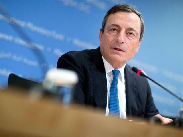 ECB duy trì lãi suất thấp kỷ lục, cam kết hoàn thành QE