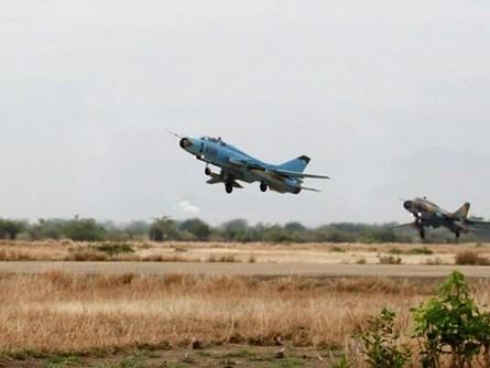 Hai tiêm kích bom Su-22 Việt Nam rơi ở Bình Thuận