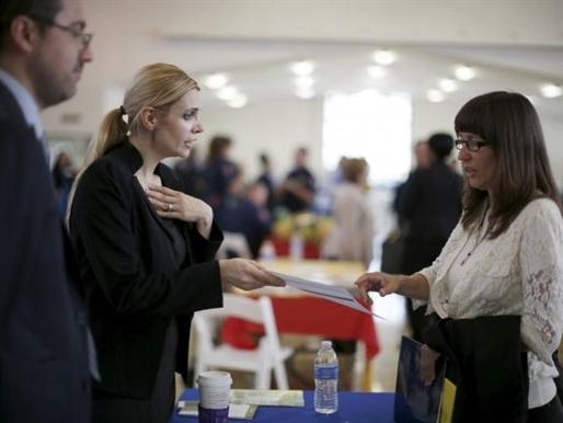 Mỹ: Số đơn xin trợ cấp thất nghiệp vẫn dưới ngưỡng 300.000 đơn