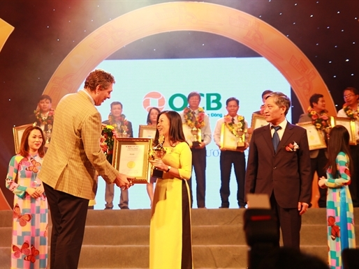 """OCB được công nhận """"Thương hiệu xuất sắc -  Excellent Brand 2015"""""""