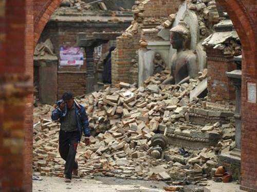 Thảm hoạ động đất tại Nepal: Số người chết lên 2.200