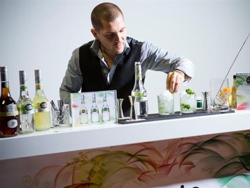 Khám phá nghệ thuật pha chế cocktail cùng Emile Chaillot