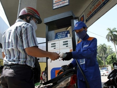 Đang tính toán để điều chỉnh giá xăng