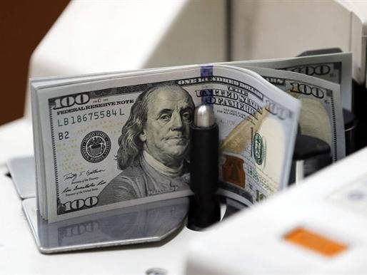 USD suy yếu trước dấu hiệu tăng trưởng kinh tế Mỹ chậm lại