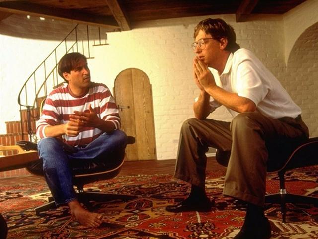 Một điều Bill Gates hiểu ngay nhưng Steve Jobs mất 20 năm