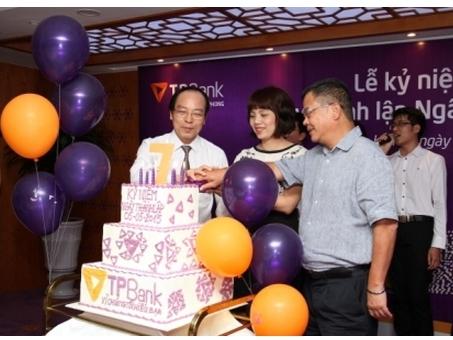 TPBank tưng bừng kỉ niệm 7 năm thành lập