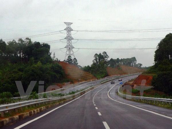 Hơn 12.500 tỷ đồng xây cao tốc Bãi Vọt-Vũng Áng