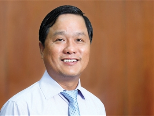 Ông Lê Quốc Bình đăng ký mua 15 triệu cổ phiếu CII