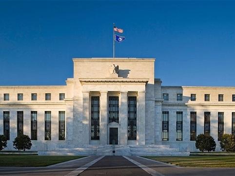 Fed nâng lãi suất, thị trường thế giới sẽ hoảng loạn