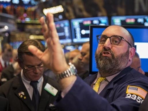 Chứng khoán Mỹ tăng điểm, dõi theo Hy Lạp và phiên họp Fed