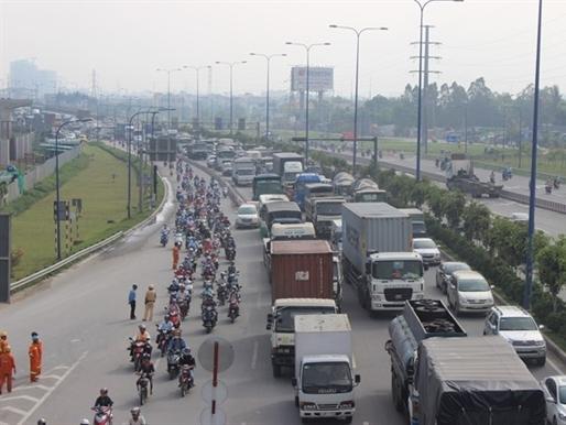 TPHCM: 770 tỷ đồng xây cầu vượt và hầm chui giảm tắc đường vào cảng Cát Lái