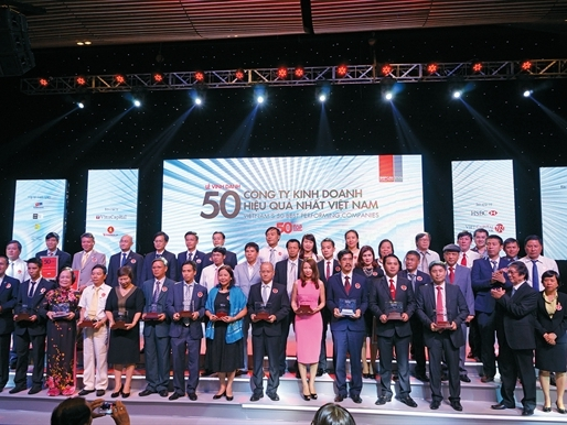 Lễ trao giải Top 50 Công ty kinh doanh hiệu quả nhất Việt Nam trong năm 2015