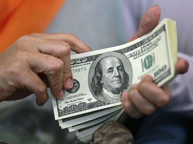 USD quay đầu giảm so với euro, yên
