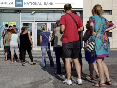 Không trả được 1,7 tỷ USD, Hy Lạp chính thức vỡ nợ