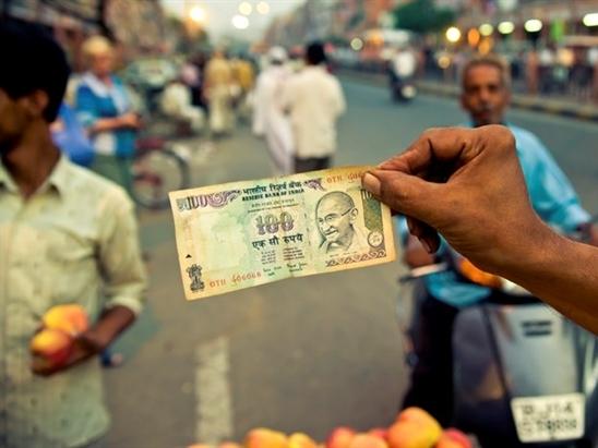 Nền kinh tế Ấn Độ đã vượt mốc 2.000 tỷ USD trong năm 2014