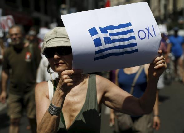 """Cử tri Hy Lạp nói """"Không"""" với thắt lưng buộc bụng"""