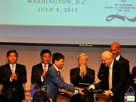 Tập đoàn Dầu khí Việt Nam ký thỏa thuận hợp tác với Murphy Oil Hoa Kỳ