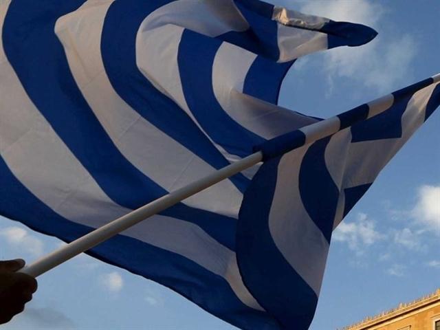 Hy Lạp sẽ áp đặt kiểm soát vốn thêm ít nhất hai tháng nữa