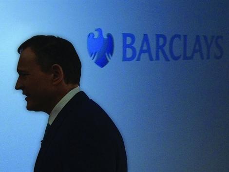 Barclays thay soái giữa dòng
