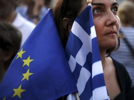 EU cứu trợ khẩn cấp 7,8 tỷ USD cho Hy Lạp