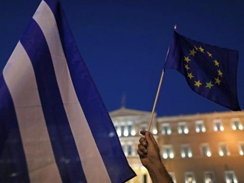 IMF: Hy Lạp thoát khỏi nguy cơ mất khả năng trả nợ