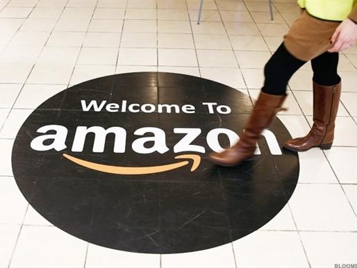 Amazon vượt Wal-Mart trở thành hãng bán lẻ lớn nhất thế giới
