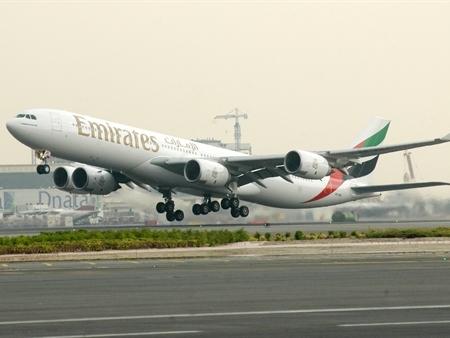 Tiết kiệm đến 50% khi đặt vé máy bay Emirates cho 2 người