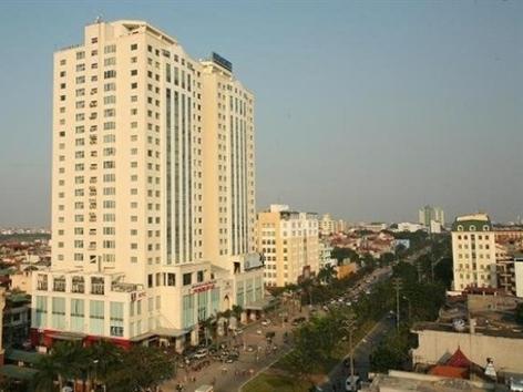 Hà Nội: Bán tòa tháp có bãi đỗ máy bay 735 tỷ đồng