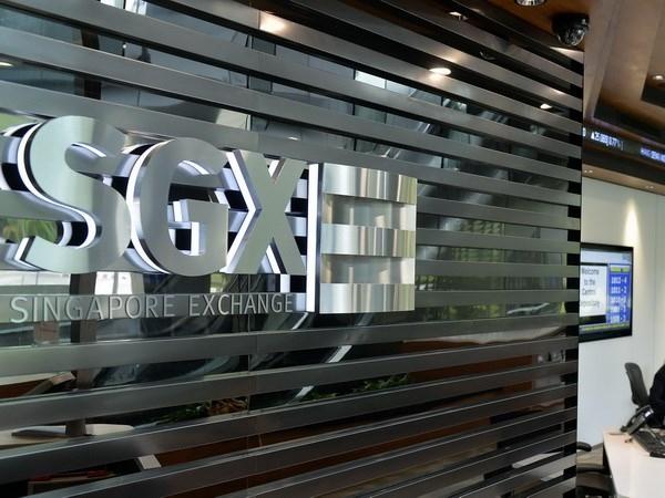 Sàn giao dịch chứng khoán Singapore tạm ngừng thị trường phái sinh