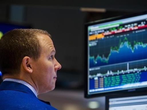 Cổ phiếu truyền thông khiến Phố Wall mất điểm