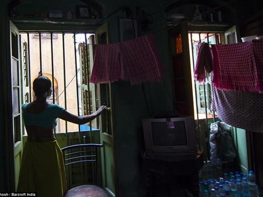 Những thân phận nữ trong khu đèn đỏ lớn nhất châu Á
