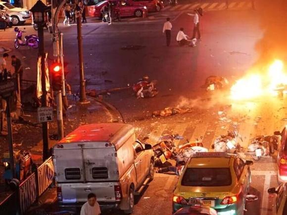 Vụ nổ lớn làm rung chuyển Bangkok