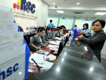 HSC: Nới room ngoại 100%, ước lãi cả năm chỉ đạt 81% kế hoạch