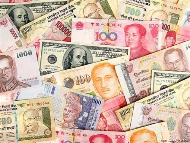 Đồng tiền nhiều nước châu Á đua nhau rớt giá