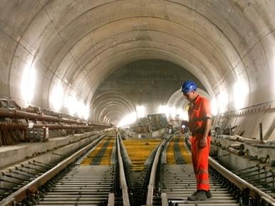 Thụy Sỹ hoàn thành đường hầm dài nhất thế giới