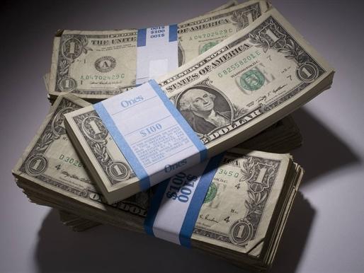 USD lên cao nhất 1 tuần sau bình luận của Phó chủ tịch Fed