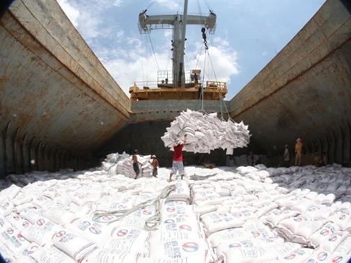 Doanh nghiệp Việt ứng phó với cuộc chiến tiền tệ