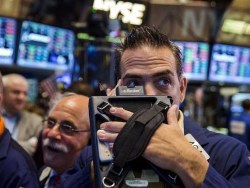 Phố Wall giảm điểm sau báo cáo thị trường lao động
