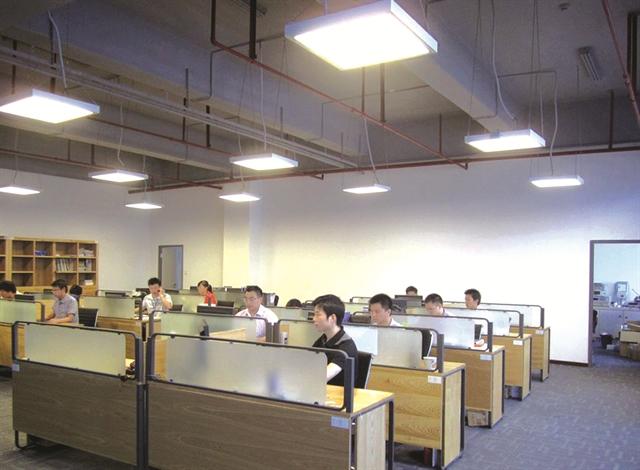 Kinh doanh tài chính từ cho thuê đèn LED