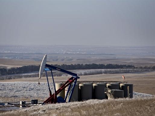 GCC phải đối mặt với giai đoạn khó khăn do giá dầu sụt giảm