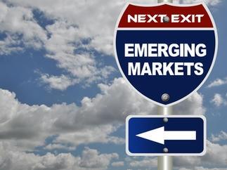 Tiền tháo chạy khỏi thị trường mới nổi nhanh nhất kể từ 2008