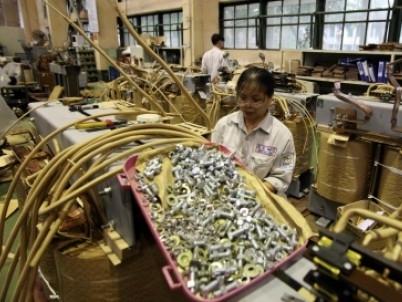 Các doanh nghiệp sản xuất thoái lui khỏi Trung Quốc: Cơ hội cho Việt Nam