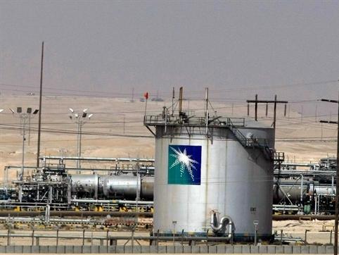 Arab Saudi lại hạ giá bán dầu cho châu Á và Mỹ